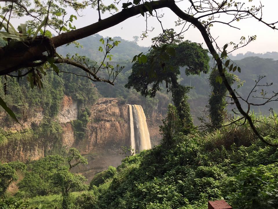 Ekom Nkam, Kamerun 2